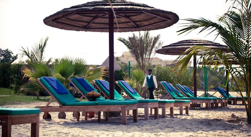 Royal beach resort spa 5 оаэ шарджа сколько стоит дом в сша 2019