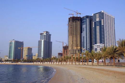 Пляж Аль-Корниш в Шардже