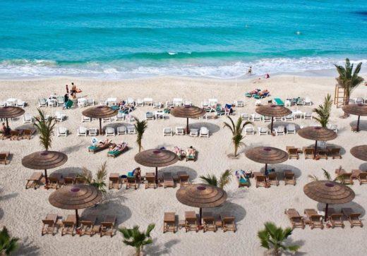 Сколько стоит вход на пляж в Шардже