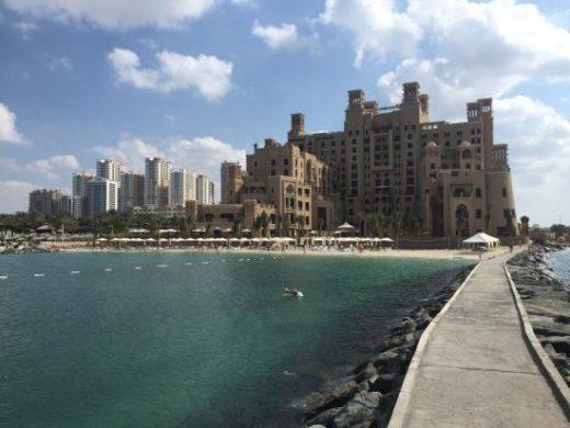 Пляж Sheraton Sharjah Beach Resort & Spa